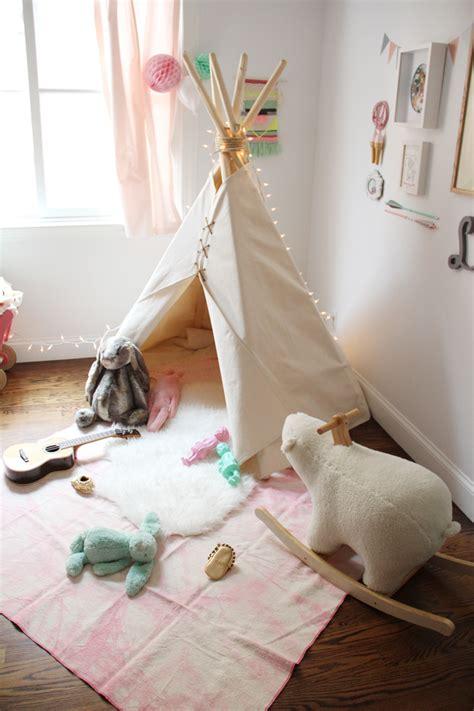 la chaise et bleue la chaise bleue pour les petits tepees and tents for