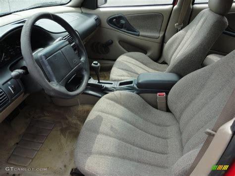 Neutral Interior 2001 Chevrolet Cavalier Sedan Photo