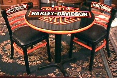 hd table and chairs harley style 2017
