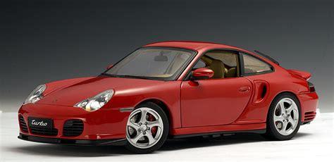 Autoart Porsche 911 Turbo (996)  Red (77831) In 118