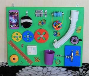 Activity Spielzeug Baby : busy board busy board stand montessori activity ~ A.2002-acura-tl-radio.info Haus und Dekorationen