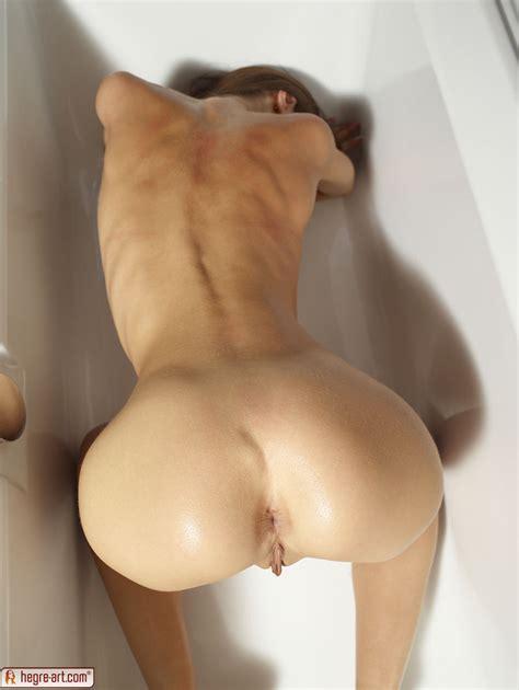 Kiki In Thai Tub By Hegreart Photos Erotic Beauties