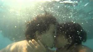 awwww so cute!! underwater kiss!!! - YouTube