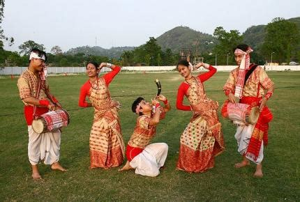traditional dresses  fashion culture   indian states lisaa delhi