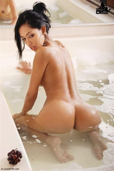 Porn Life Asian Bath Nude