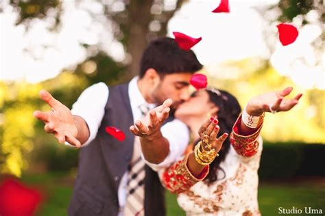 14422 professional indian wedding photography poses 8 simple tips for posing for your wedding by studio uma
