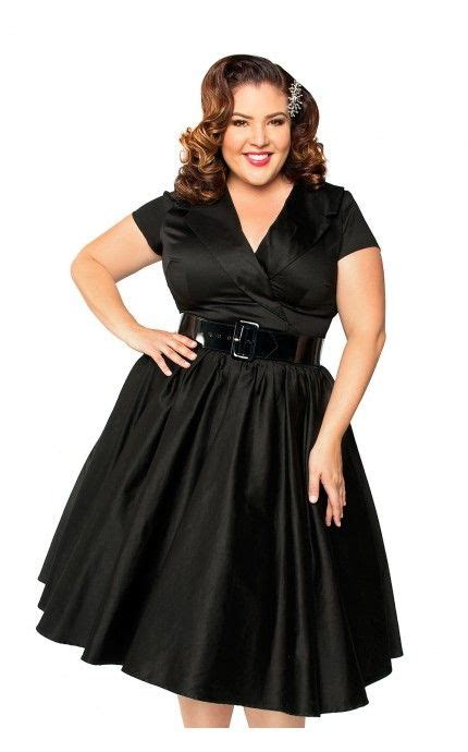 Get The Perfect Retro Look In Plus Size Vintage Dresses
