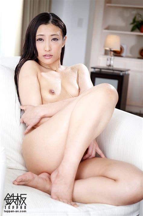 Uncut Sweaty Sex Her Snake Like Tongue Drives Men Insane With Pleasure Hana Kano