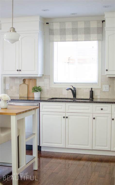 Farmhouse Kitchen Window Valance Tutorial   Home Decor