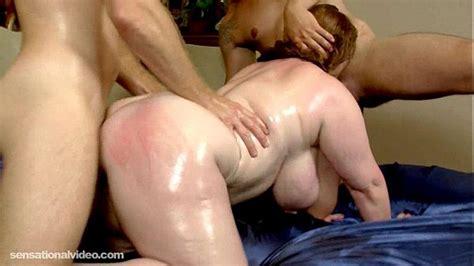 slutty plump milf seana rae fucks her sons friends xvideos