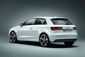 Photo Audi A3 : the new audi a3 gets revealed in geneva autoevolution ~ Gottalentnigeria.com Avis de Voitures