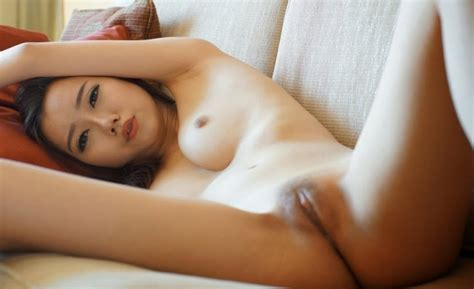 Singapore Model Jocelyn Wee Nude Photos Leaked