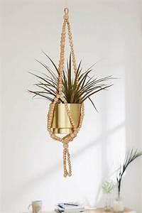 suspension chambre ado chaioscom With chambre bébé design avec pot de fleur carré bois