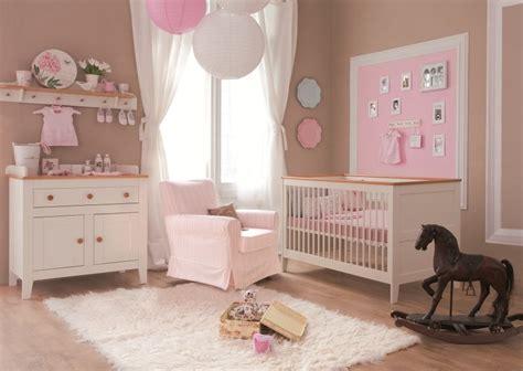 couleur chambre bebe fille nouveautés déco dans la chambre de bébé trouver des