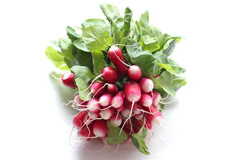 cuisiner les feuilles de radis soupe aux fanes de radis au four au moulin