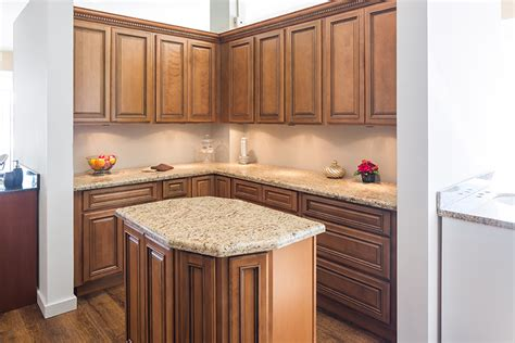 maple glaze kitchen cabinets custom kitchen cabinets