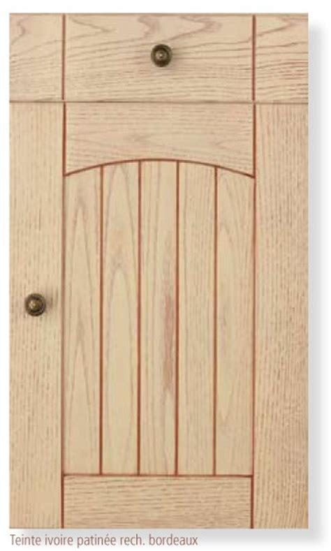 facade de porte de cuisine relooking porte et facade modèle cottage patiné rechi