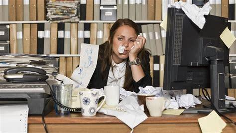 aller au bureau aller travailler malade un danger coworking