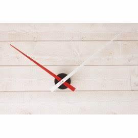 Mecanisme Horloge Geante : horloge g ante minimaliste rouge blanche ~ Teatrodelosmanantiales.com Idées de Décoration