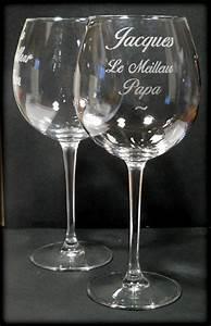 Verre à Vin Géant : les verres grav s ~ Teatrodelosmanantiales.com Idées de Décoration