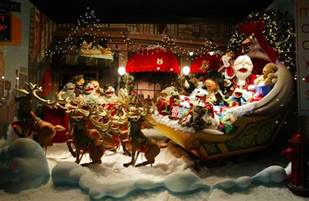 beautiful bold breathtaking 19 eye catching christmas store displays from around the world