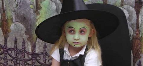 maquillage de sorcière pour fille maquillage enfant facile 42 suggestions pour