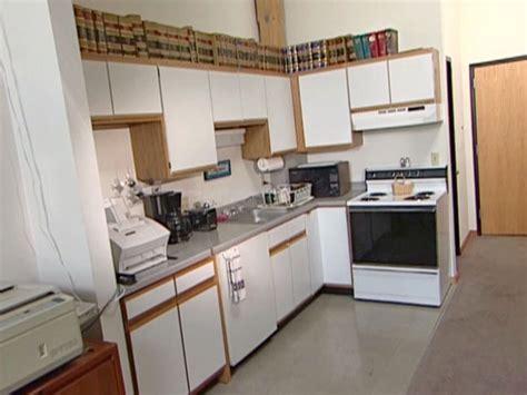 re laminating kitchen cabinets amazing refacing laminate kitchen cabinets greenvirals style 4500