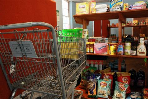 Food Pantry Celebrates New Hours And New Set Up