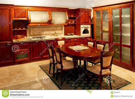 grande cuisine grande cuisine en bois image stock image du maison