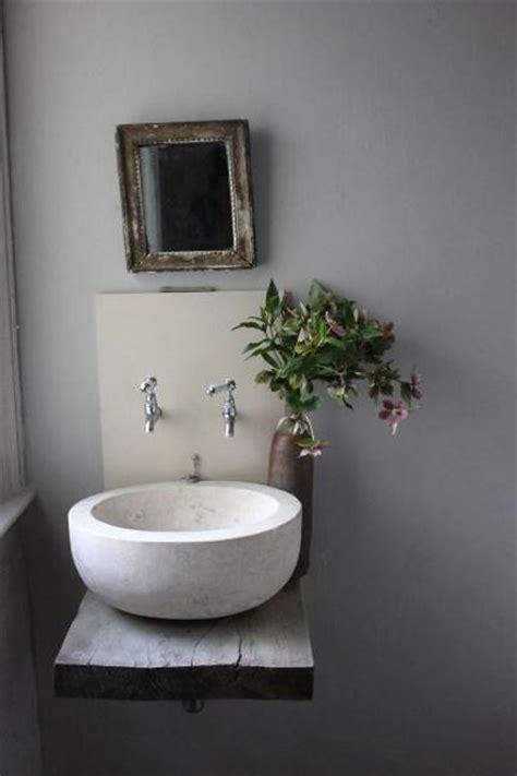 modern bathroom sinks  accentuate small bathroom design