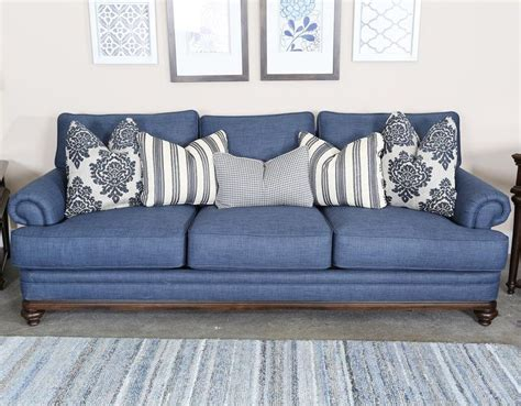 traditional livingroom magnussen home grant traditional sofa with rolled arms and