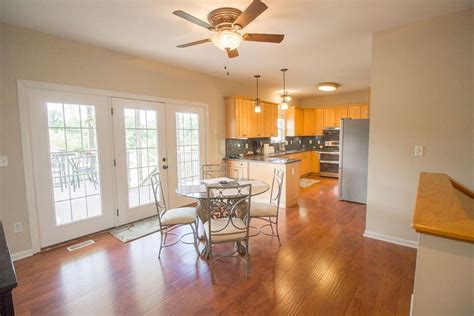 country kitchen columbia missouri upscale country living at its finest houses for rent in 6026