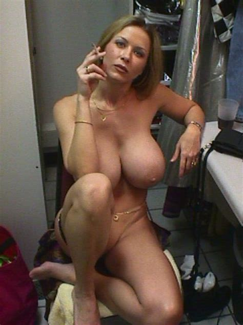 Smoking Milf Sorted By Position Luscious