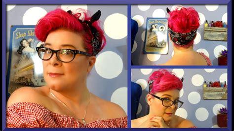 door rockabilly hairstyle  vintage hair