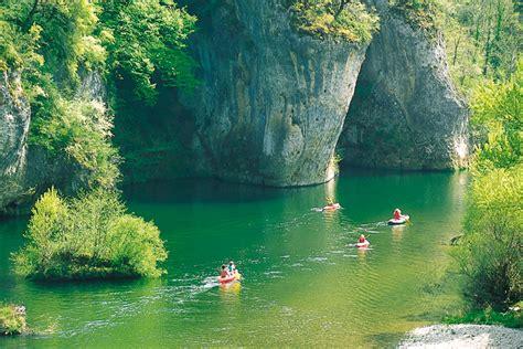 Chambre Nature - descente des gorges du tarn en canoë kayak lozère tourisme