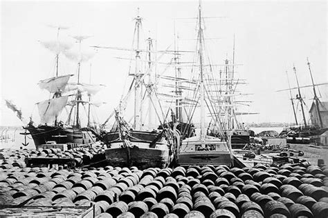 pictured  bedford wharfs  whale ships vessels