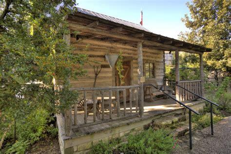cabin rentals fredericksburg tx fredericksburg cabin rentals getaways all cabins