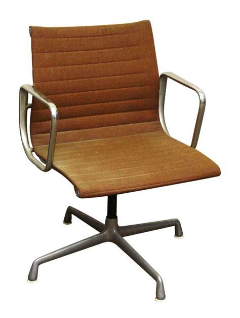 herman miller bureau herman miller upholstered office chair olde things