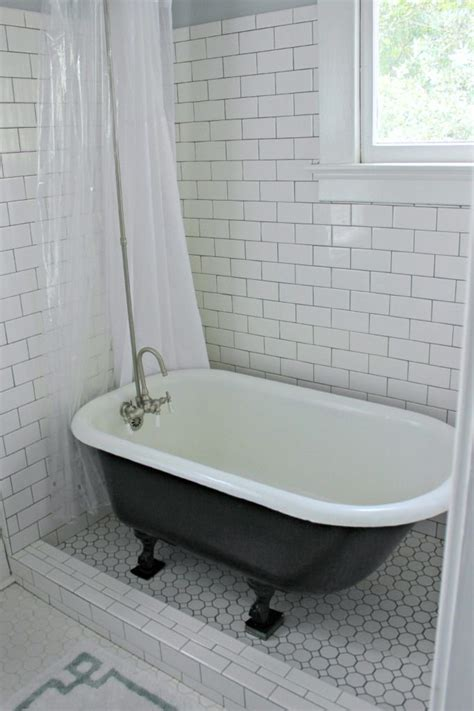 Ideas For Bathrooms With Clawfoot Tubs by Clawfoot Tub With Tile Surround Like This Idea But Not
