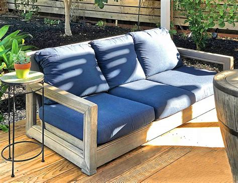 ventura teak patio sofa  sunbrella cushion iksun