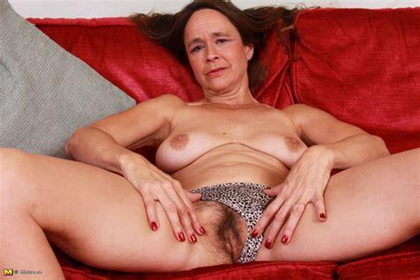 HairY British mature playing with herself