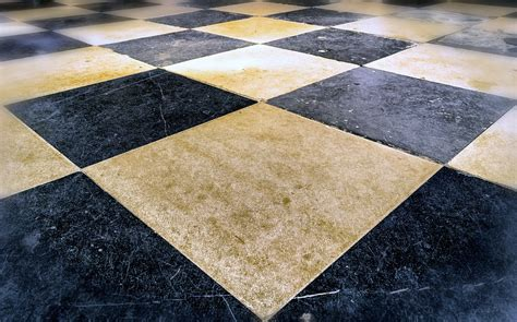 fughe piastrelle pulizia pulire e sbiancare fughe di pavimento