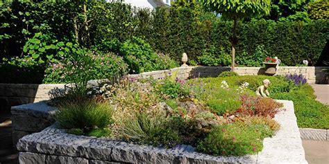 Welche Pflanzen Für Sonnigen Vorgarten by Pflegeleichter Garten