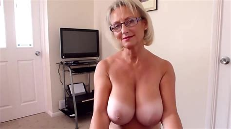 Showing Porn Images for Gilf big tits blowjob porn | www.handy-porn.net