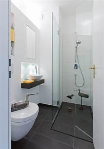 Welche Fliesengröße Für Kleine Bäder : ideen f r kleine b der g ste wc mit dusche ~ Bigdaddyawards.com Haus und Dekorationen