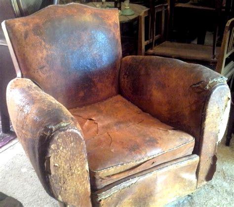 www didoulabrocante fr ancien fauteuil club dossier moustache en cuir d 233 co no chesterfield
