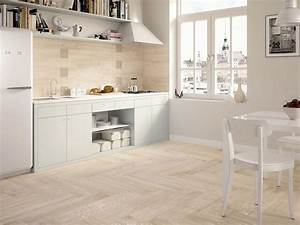 Piastrelle per la cucina pavimenti in ceramica for Pavimenti per cucina