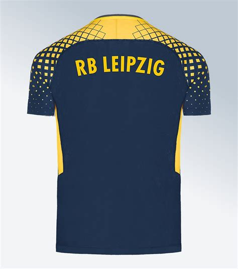 Rb leipzig boss julian nagelsmann left frustrated by champions league defeat. Camisetas Nike del RB Leipzig 2017/18