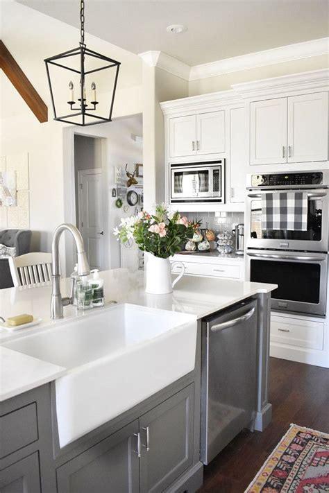 kitchen sinks granite best 25 kitchen sink ideas on kitchen 3014