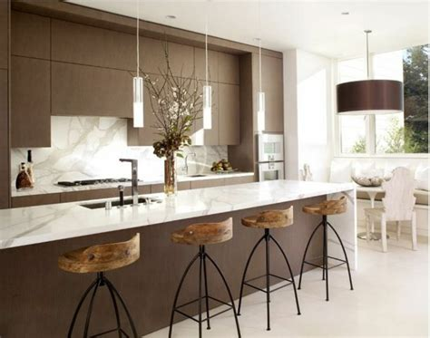 cuisine en marbre cuisine marbre blanc et bois chaios com